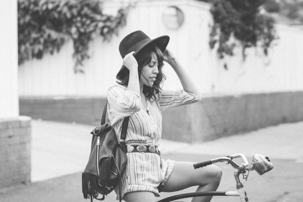MelissaMontoyaPhotography_2015_10_10_FashionMuse_FrankVinyl_BalancingAct_01
