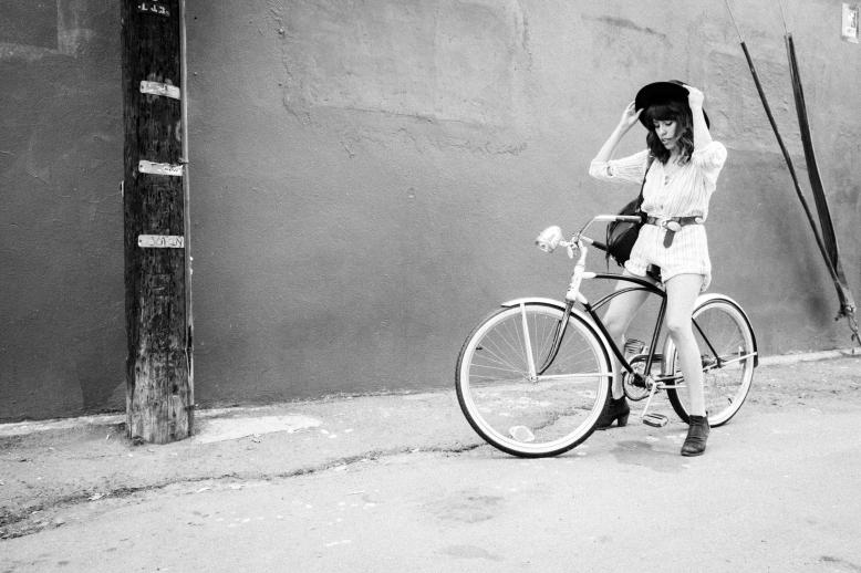 MelissaMontoyaPhotography_2015_10_10_FashionMuse_FrankVinyl_BalancingAct_06